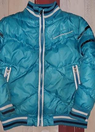 Стильная теплая куртка на 5-7 лет