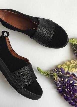Крутые женские слипоны из натуральной кожи кожаные слипоны / мокасины туфли