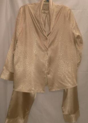 Классная  фирменная женская атласная пижама золотистого цвета