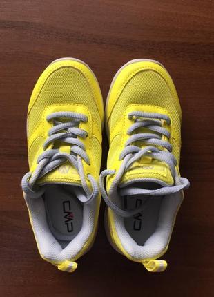 Детские новые спортивные кроссовки