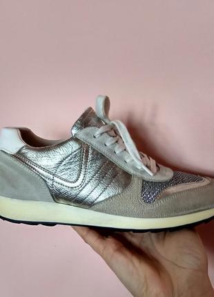 Серебряные кожаные кроссовки 5 avenue оригинал,39