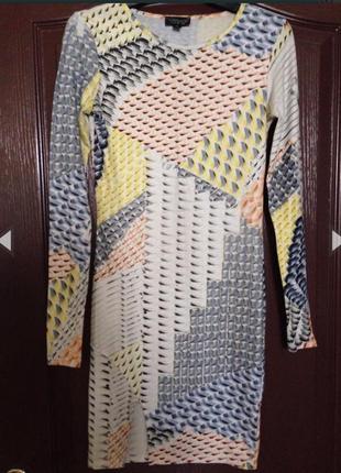 Платье стрейч по фигуре геометрический принт