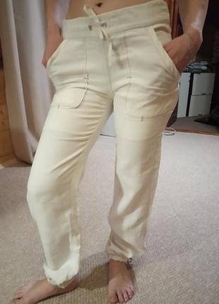 Очень красивые спортивные льняные штаны.