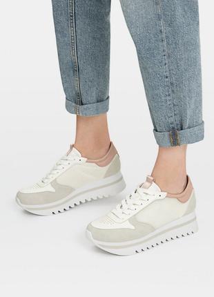 Новые фирменные повседневные кроссовки