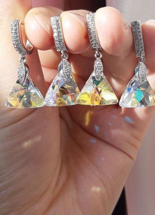 Серьги с использованием оригинала кристаллов сваровски.
