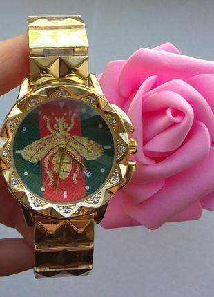 Новые часы с датой, металлические, золотистые1 фото