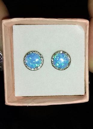 Шикарные сережки гвоздики серебро 925 с голубым опалом