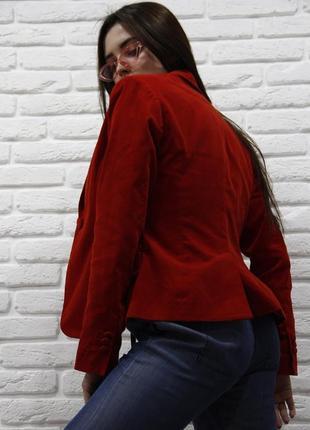 Красный пиджак / стильный / на 2х пуговицах / размер s-m / h&m