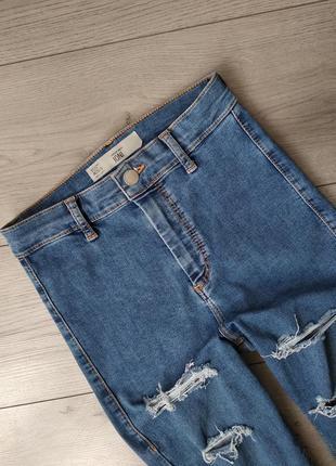 Скіні  джинси  штани  26  рвані  джинсы  штаны Topshop 3d4a9da373234