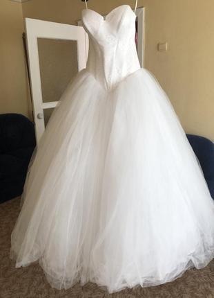 Новое свадебное платье vera wang