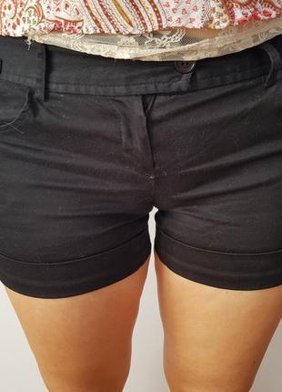 Черные шорты*