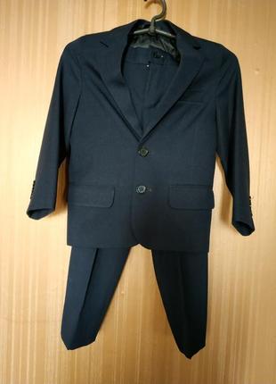 Костюм брюки и пиджак,школьная форма.