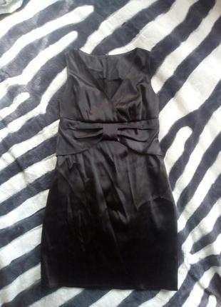 Маленье черное платье