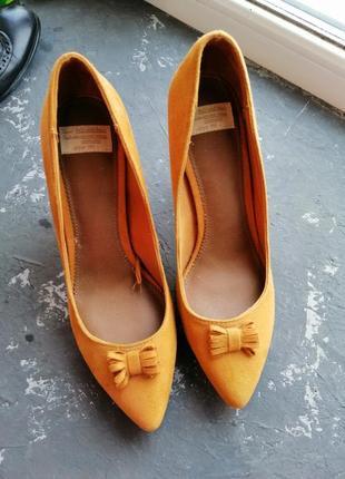 Новые туфли pull & bear