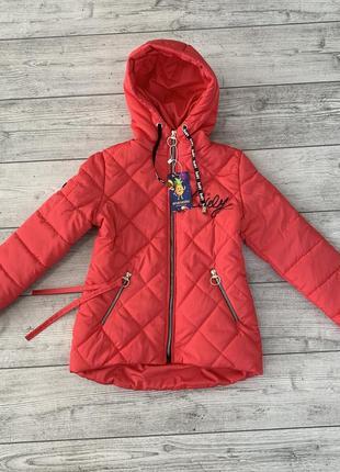 Приятная и нежная весенняя куртка на девочку 8-12 лет, есть размеры