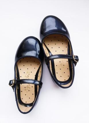 Лакированые туфельки next