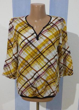 Легка віскозна блуза