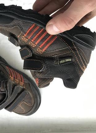 Adidas gore-tex детские трекинговые кроссовки 22р оригинал