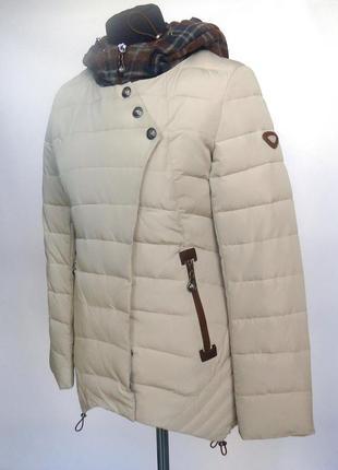 Короткая весенняя курточка athena 5656