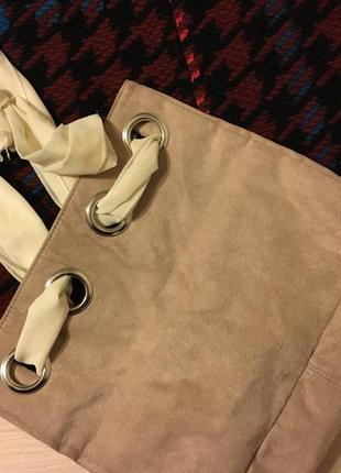 Стильная сумка под замш с ручкой платком