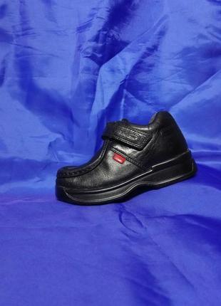 Стильные кожаные демисизонные брендовые ботинки 🌧️