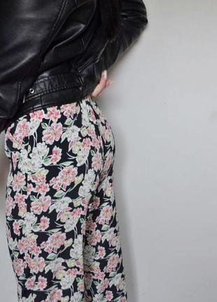 Стильні штани палаци з квітковим принтом