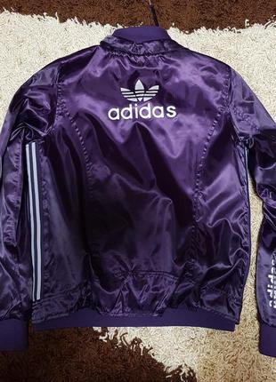 Спортивная куртка ветровка adidas. турция 44р
