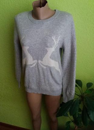 Актуальный шерстяной свитер от gant
