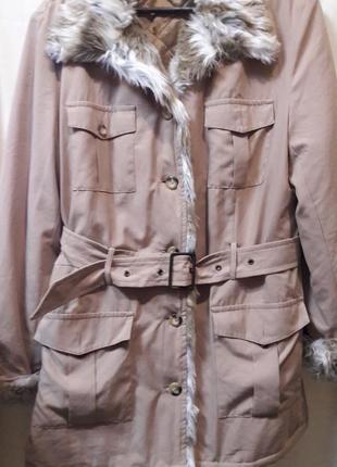 Симпатичная весенняя курточка