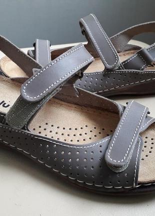 38,39 р. новые босоножки сандалии комфорт класса inblu