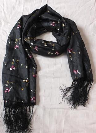 Весенний шарф шаль шарфик палантин деми атласный шелк шелковый с вышивкой