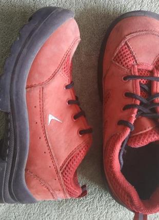 Детские красные демисезонные ботинки kuoma (финляндия)- 31 размер