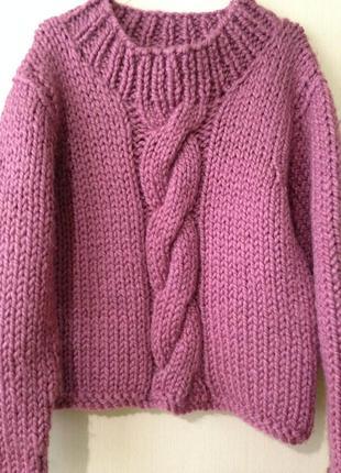 Бомбезный свитер крупной вязки