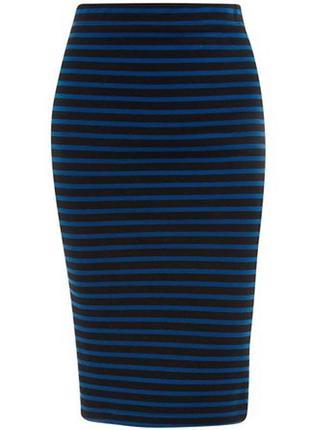 Стильная юбка-карандаш в черно-синюю полоску