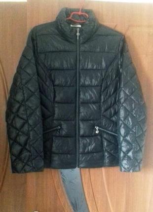 Легкая стеганная курточка весна-осень
