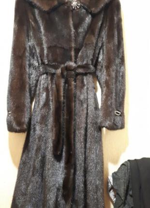 Шикарная норковая шуба ( скандинавской норка)с капюшоном и поясом р.48-50