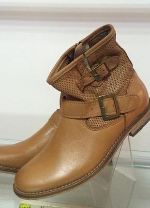 Стильные кожание ботиночки san marina р-32