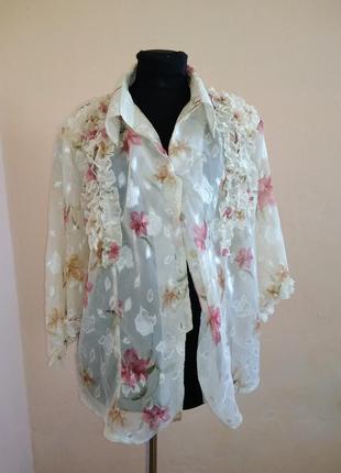 Блузка цветочная