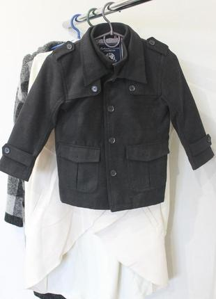 Демисезонное драповое пальто