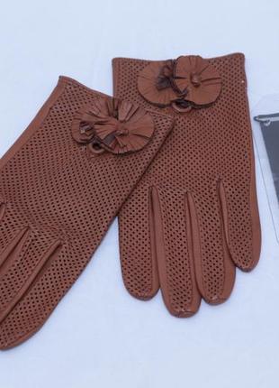 Кожаные  перчатки с перфорацией  roeckl