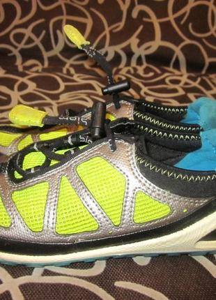 Легкие кроссовки ecco biom 30 размер.