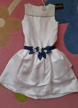 """Платье белое с синим декоративным поясом. нарядное, пышная """"юбка"""", artigli girl"""