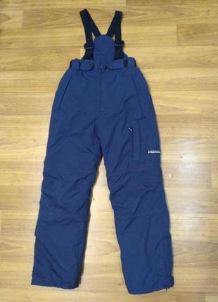 Surfanic. лыжные, сноубордические мембранные штаны, полукомбинезон на рост 140 см