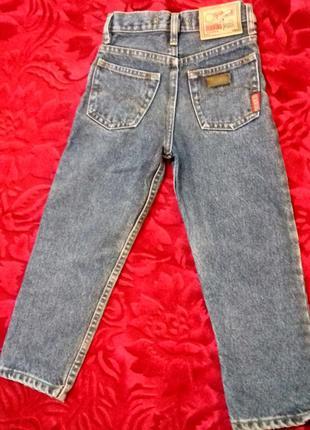 Модные джинсы девочке от dorwing . на рост 104- 110 см