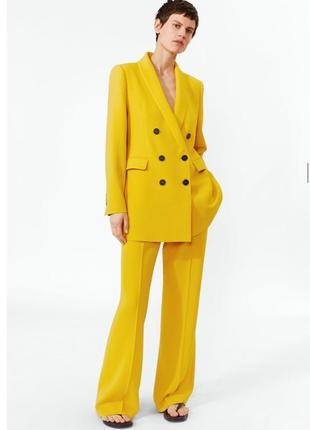 Пиджак блейзер жакет zara оригинал двубортный жёлтый лимонный на пуговицах