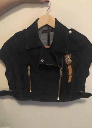 Джинсовая куртка guess