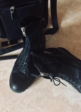 Крутейшие ботинки сникерс!!натуральная кожа,мощная фурнитура ykk! braska 38p!