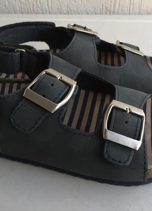 Кожаные ортопедические босоножки john lewis  32р.