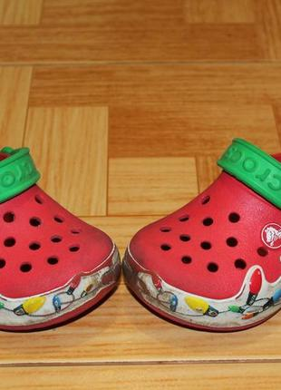 Кроксы, аквашузы crocs crocslights holiday оригинал с 9 или наш 26р