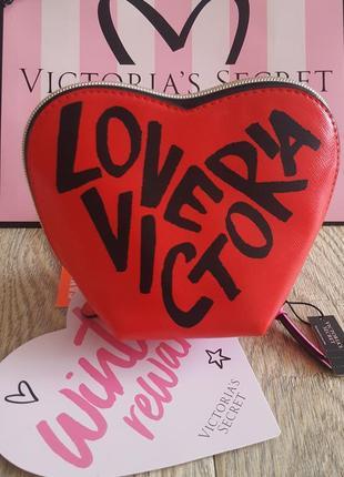 Шикарная косметичка из новой коллекции  от victoria's secret
